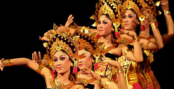 Indonesian Culture: What You Need to Know  Life Around Asia